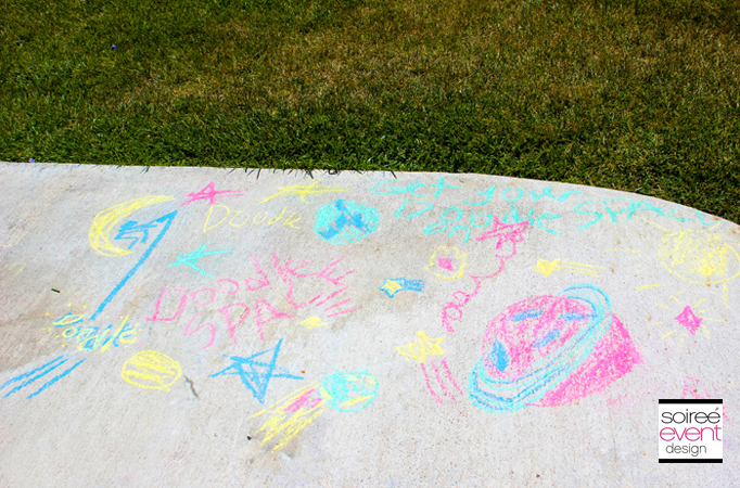 doodle-party-activity-sidewalk-chalk