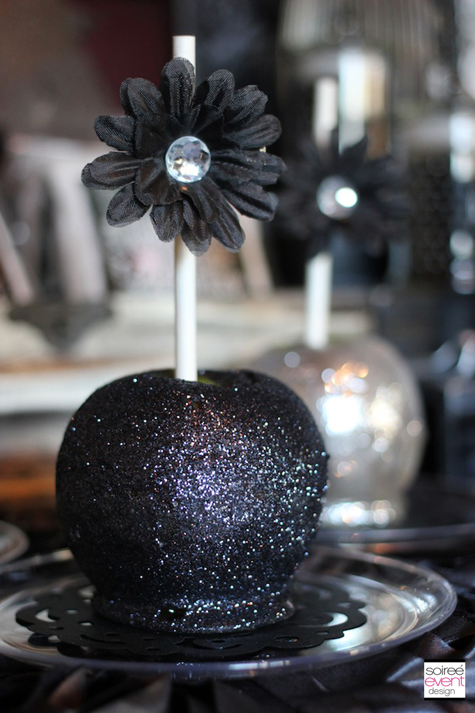 halloween-glitter-candy-apples