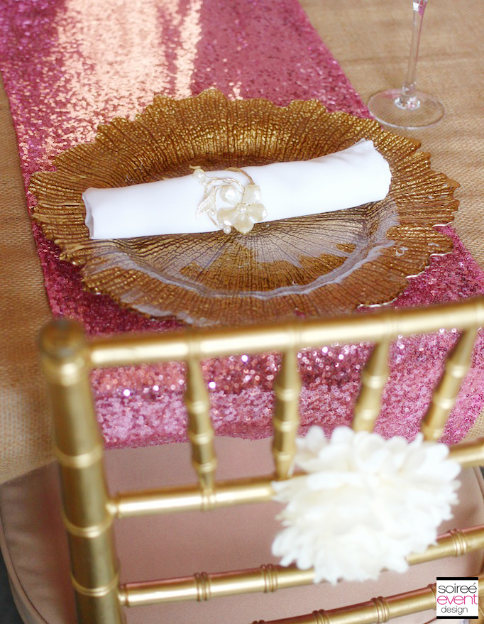 pink-gold-placesetting