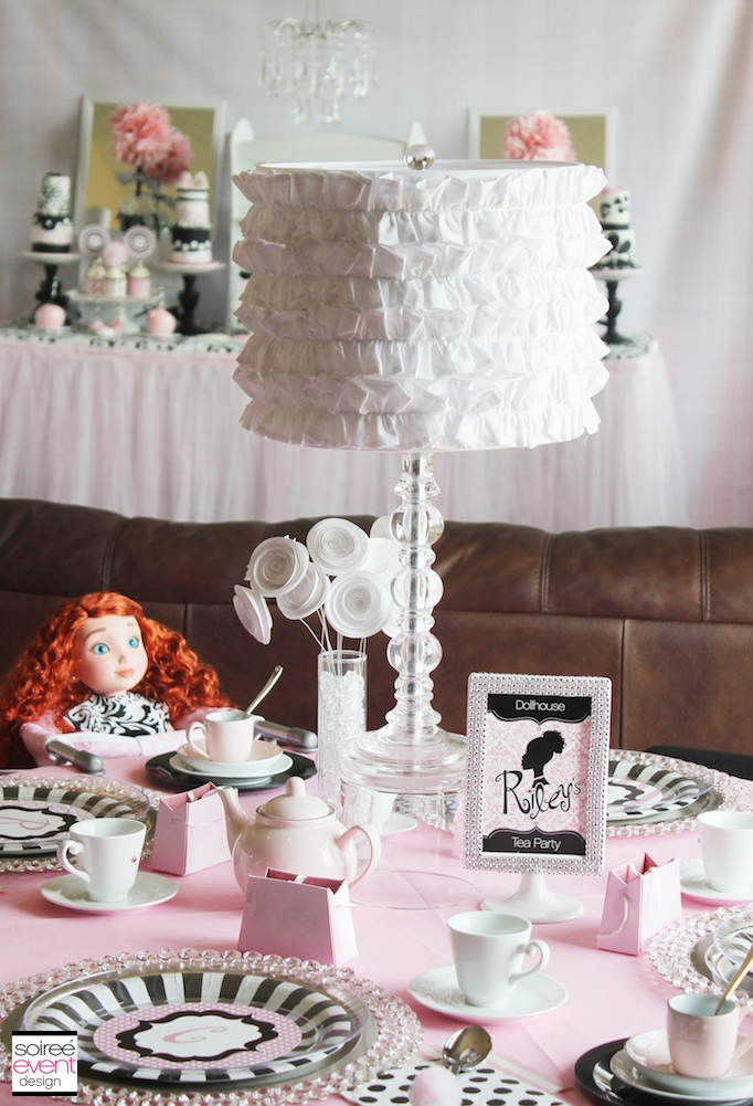 dollhouse-tea-party-table