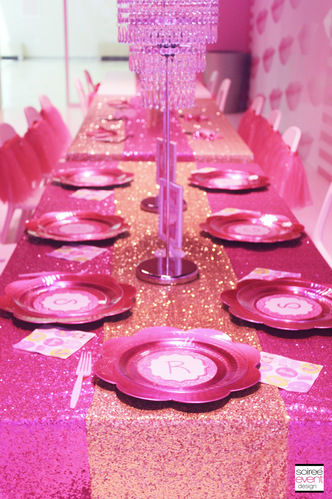 Barbie-party-dining-table