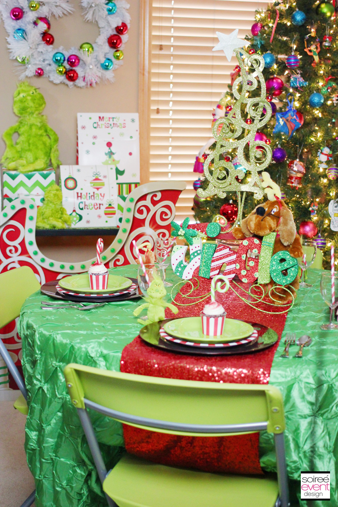 christmas kids table - The Grinch Themed Christmas Decorations
