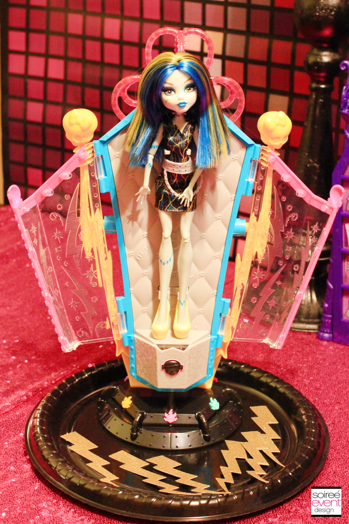Monster High Recharge Chamber Frankie Stein