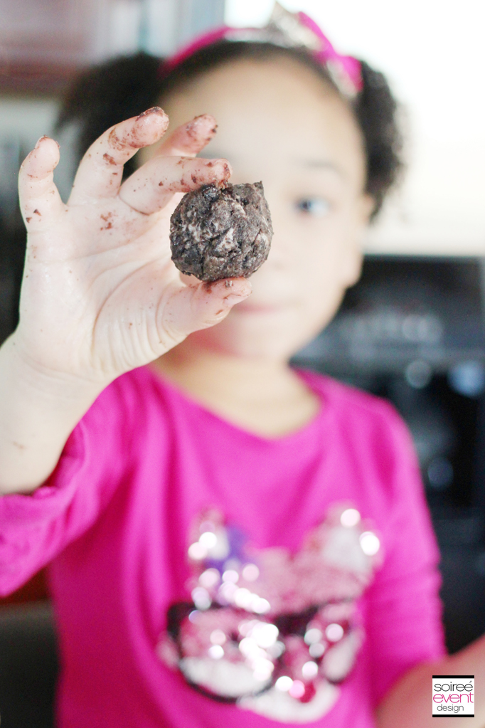 Rolling Oreo Cookie Balls