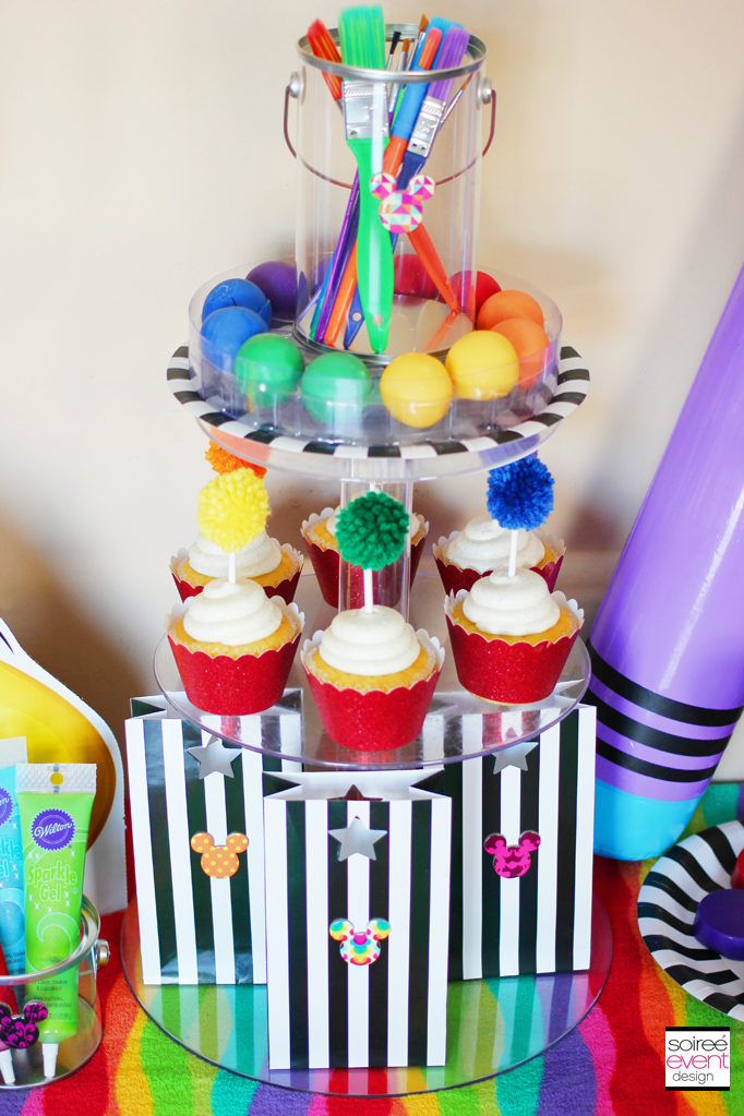 Art party cupcake centerpiece