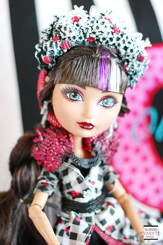 Ever After High Party Cerise Hood 2