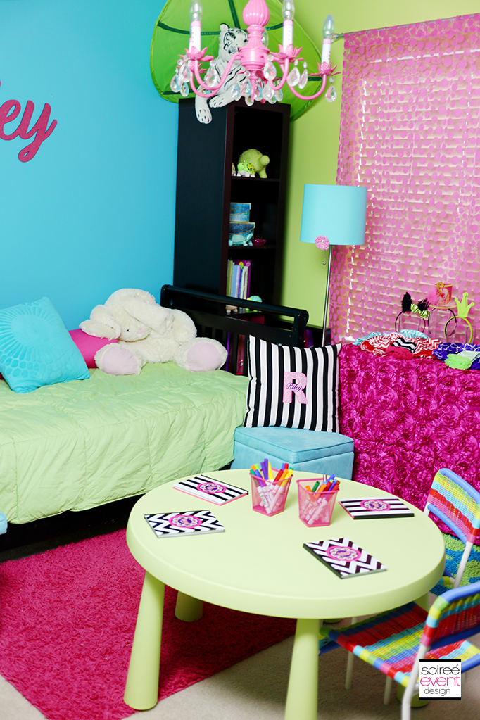 Ever After High Party Room