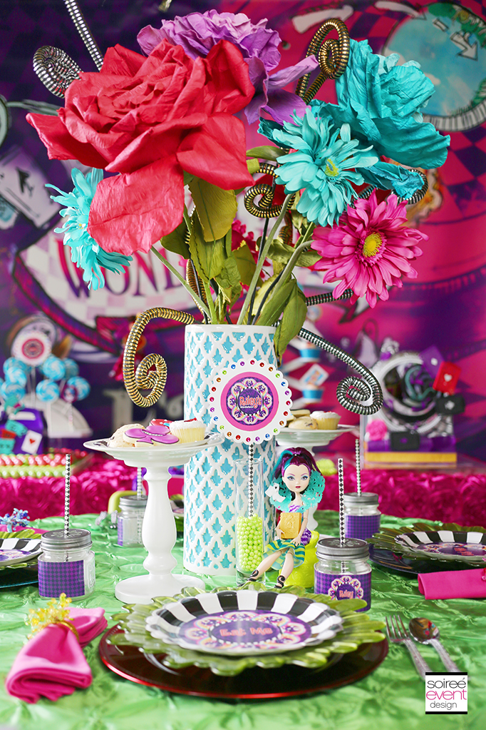 Ever After High party Wonderland Dining Table