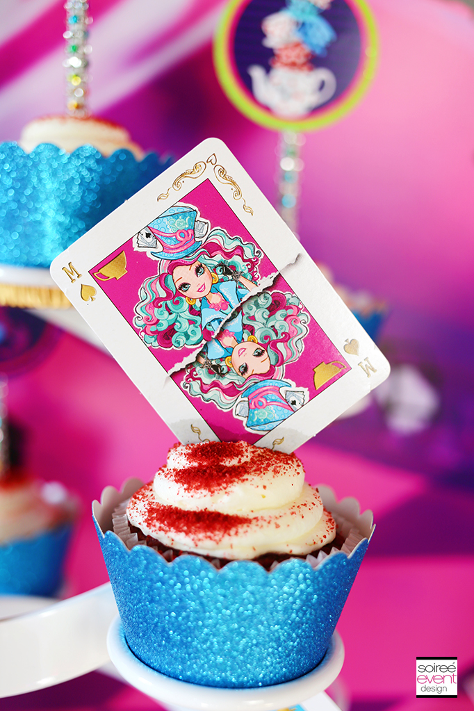 Way Too Wonderland Cupcakes