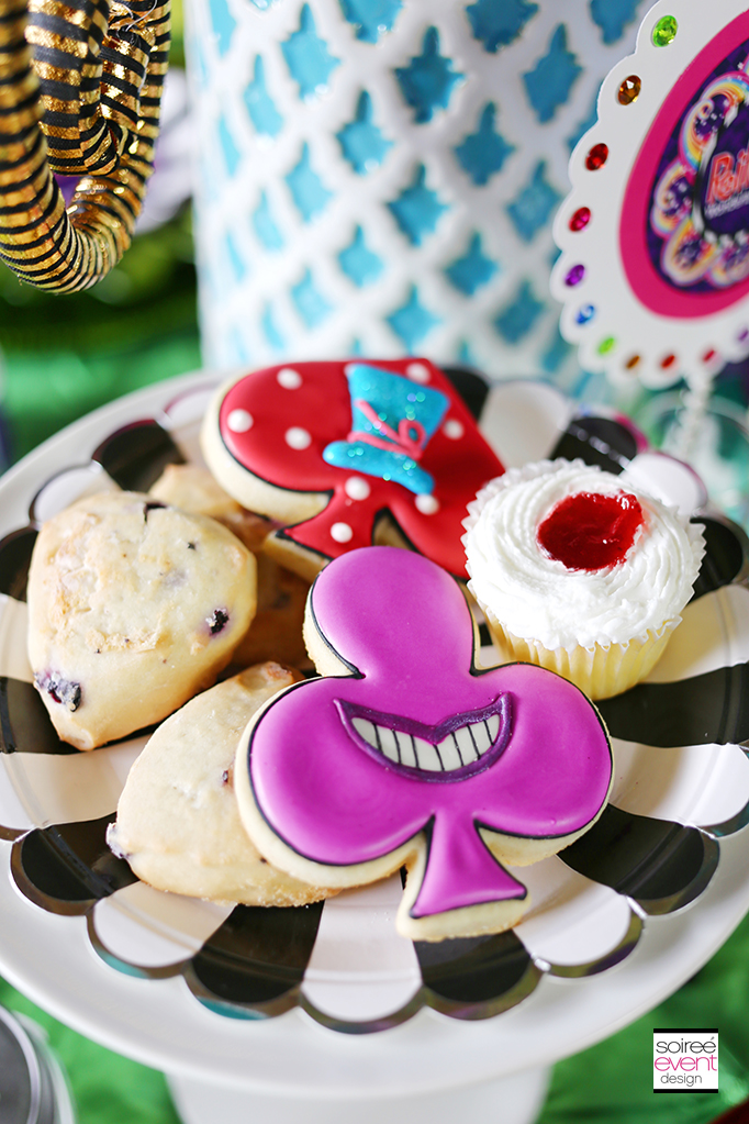 Wonderland Tea Party desserts