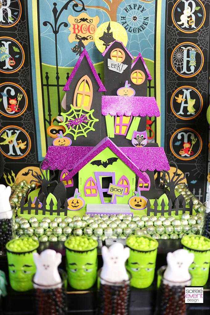 Haunted House Centerpiece