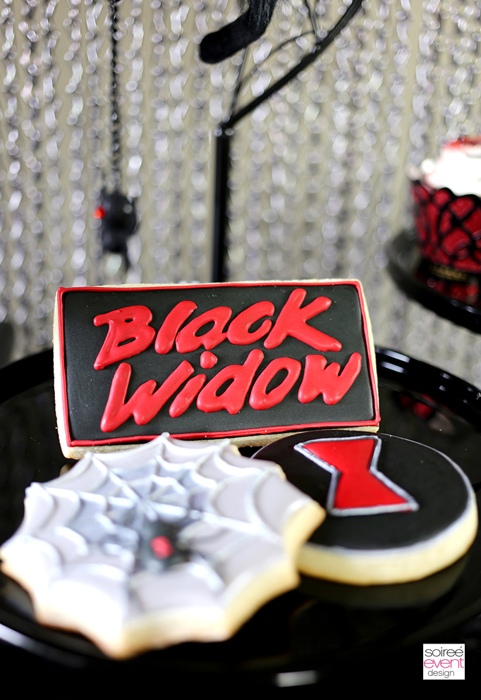 Black Widow Cookies