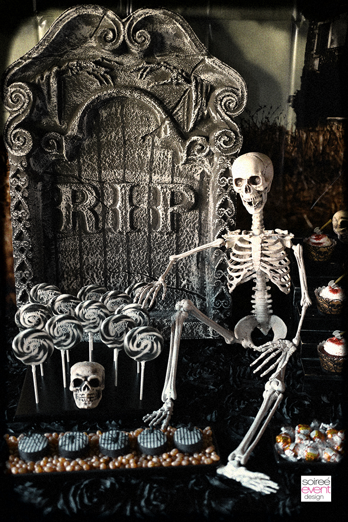 Haunted Farmhouse party tombstone decorations