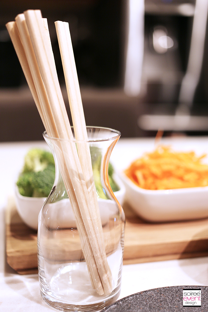 Stir-Fry Bar - Chopsticks