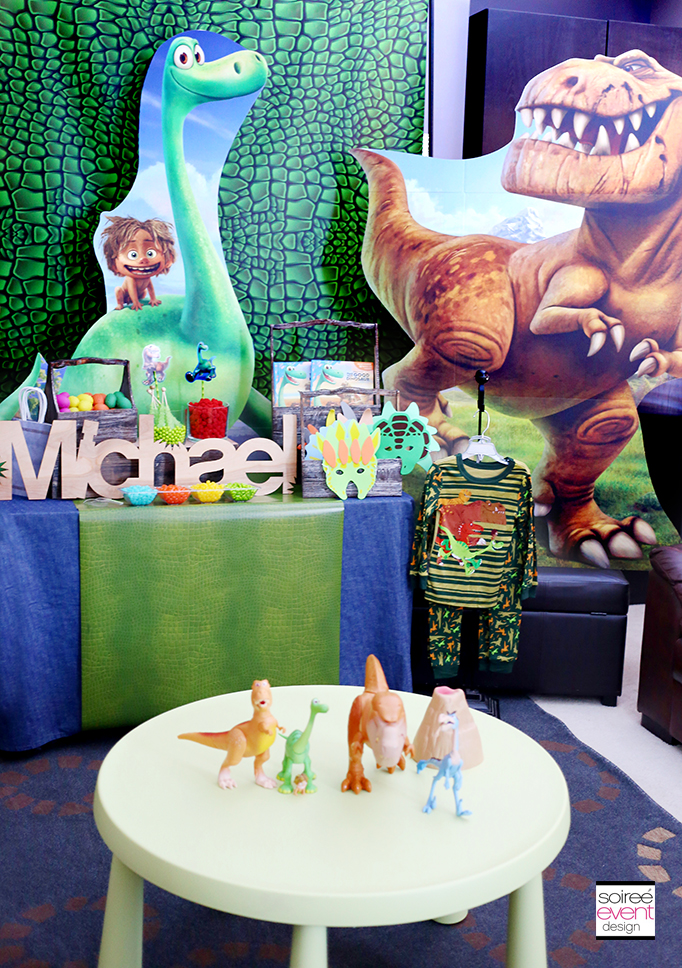 The Good Dinosaur Party Cardboard Standups