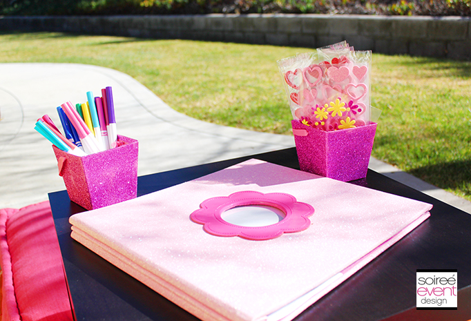 Create a Mommy and Me Scrapbook