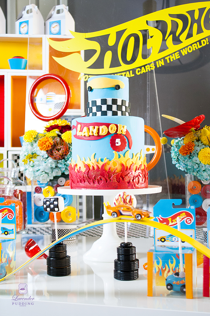 Hot Wheels Party Cake