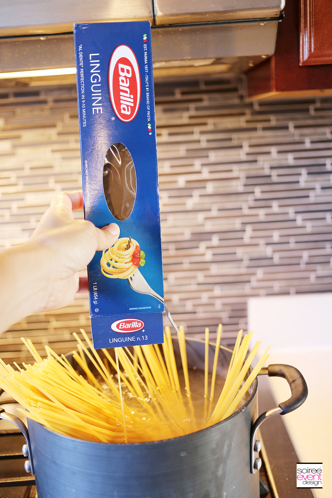Lemon Garlic Shrimp Pasta - Step 1 - Barilla Pasta