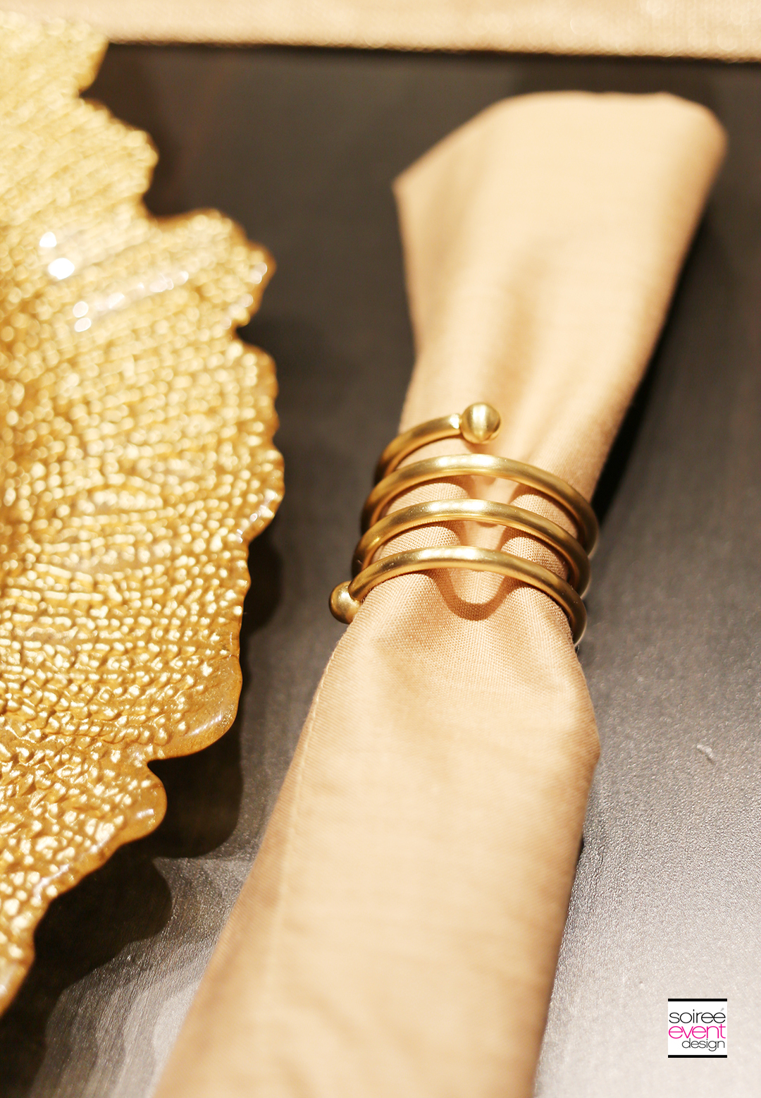 Summer Dinner Party - Gold Napkin Rings