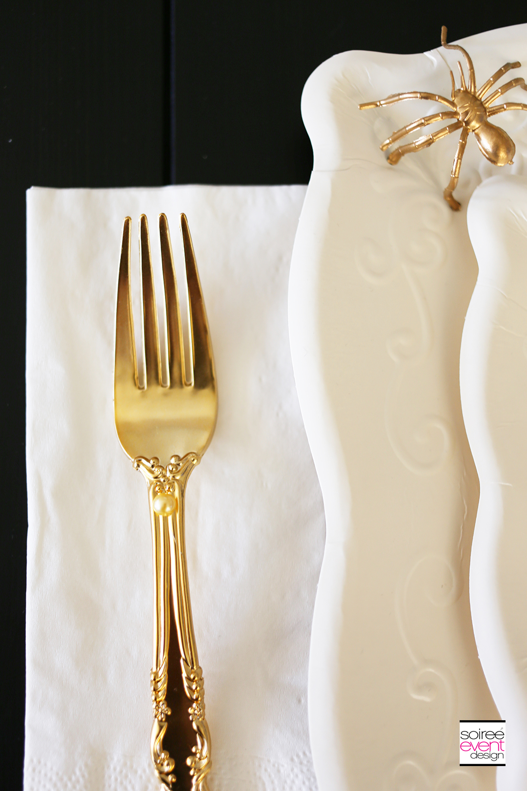 gold-cutlery