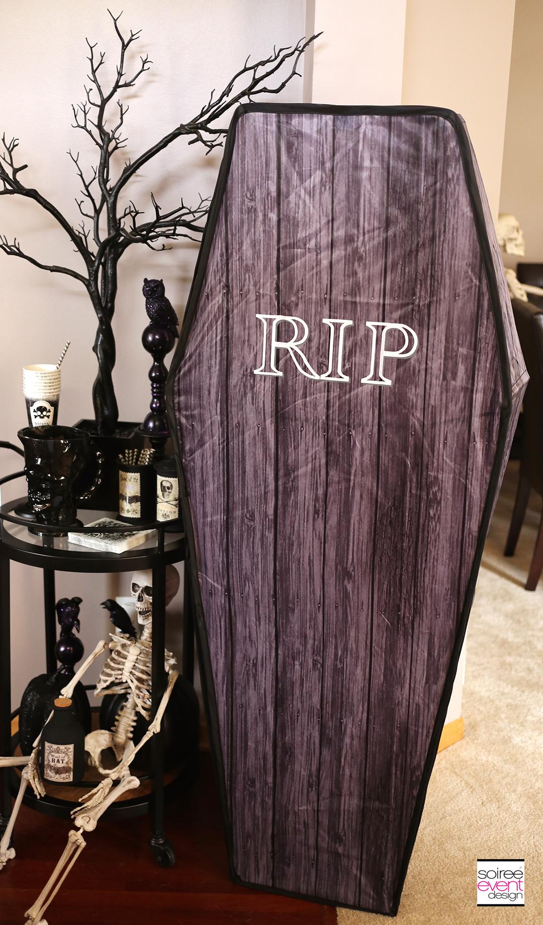 halloween-party-bar-cart
