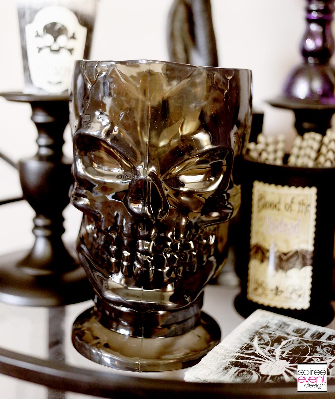 skull-pitcher