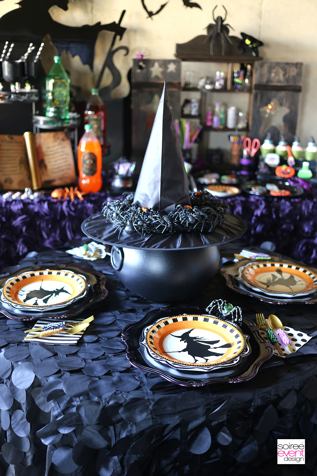 witch-party-dining-table