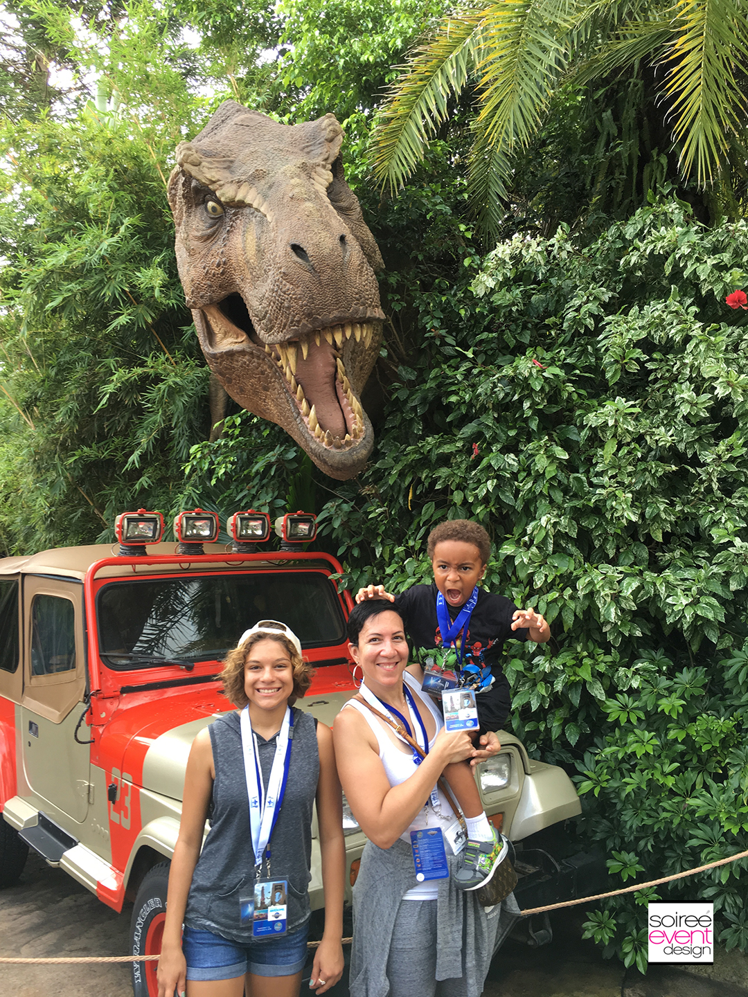 the-colemans-at-jurassic-park