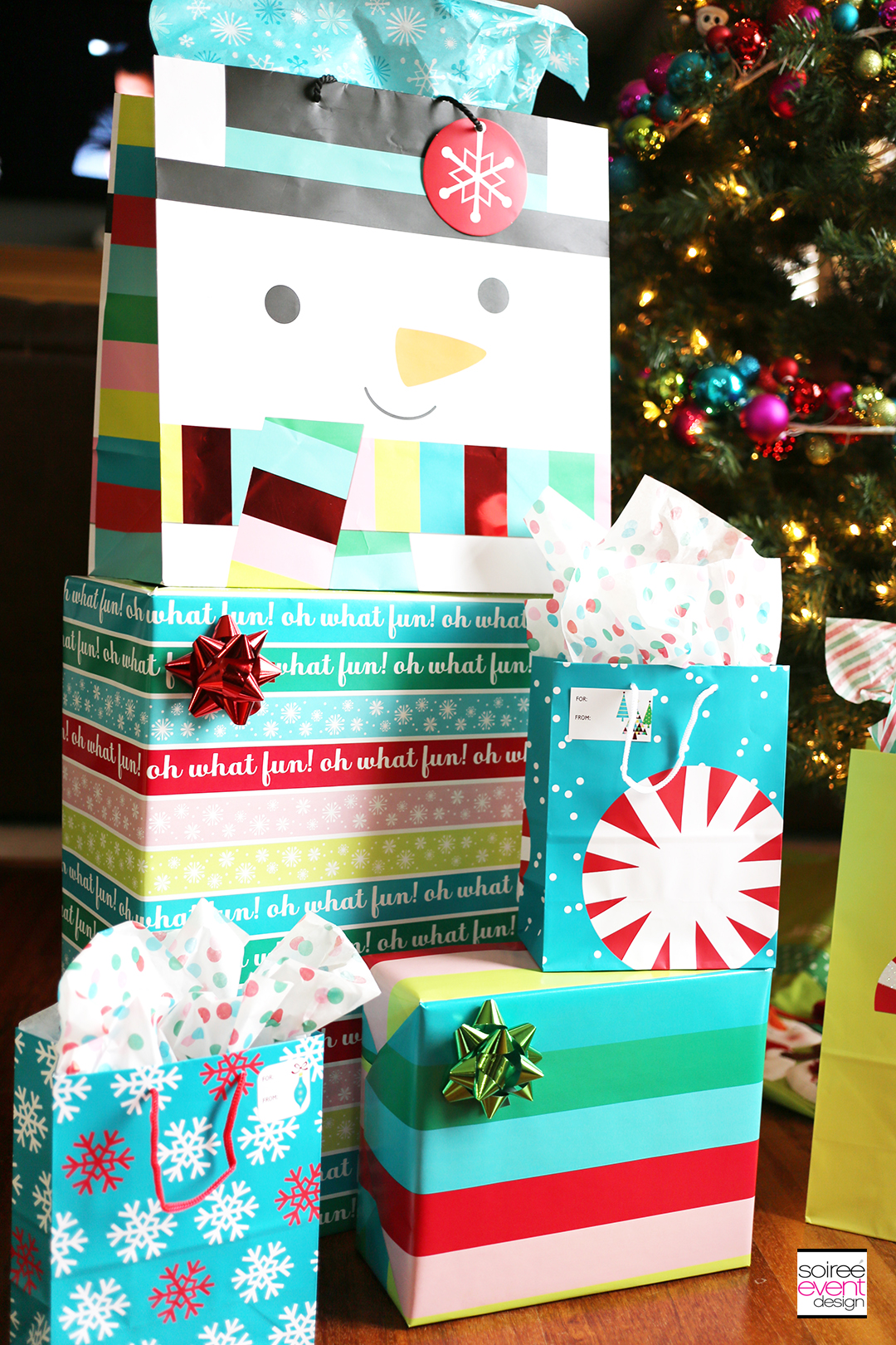 gift-wrapping-tips-snowman-gift-wrap