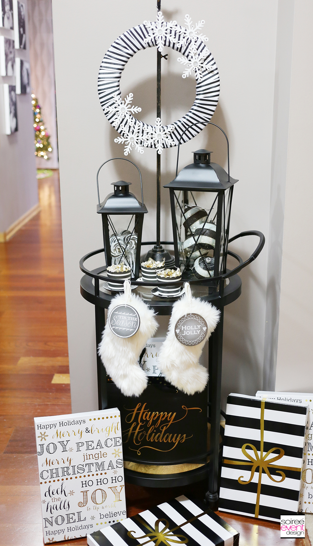 black-and-white-christmas-bar-cart