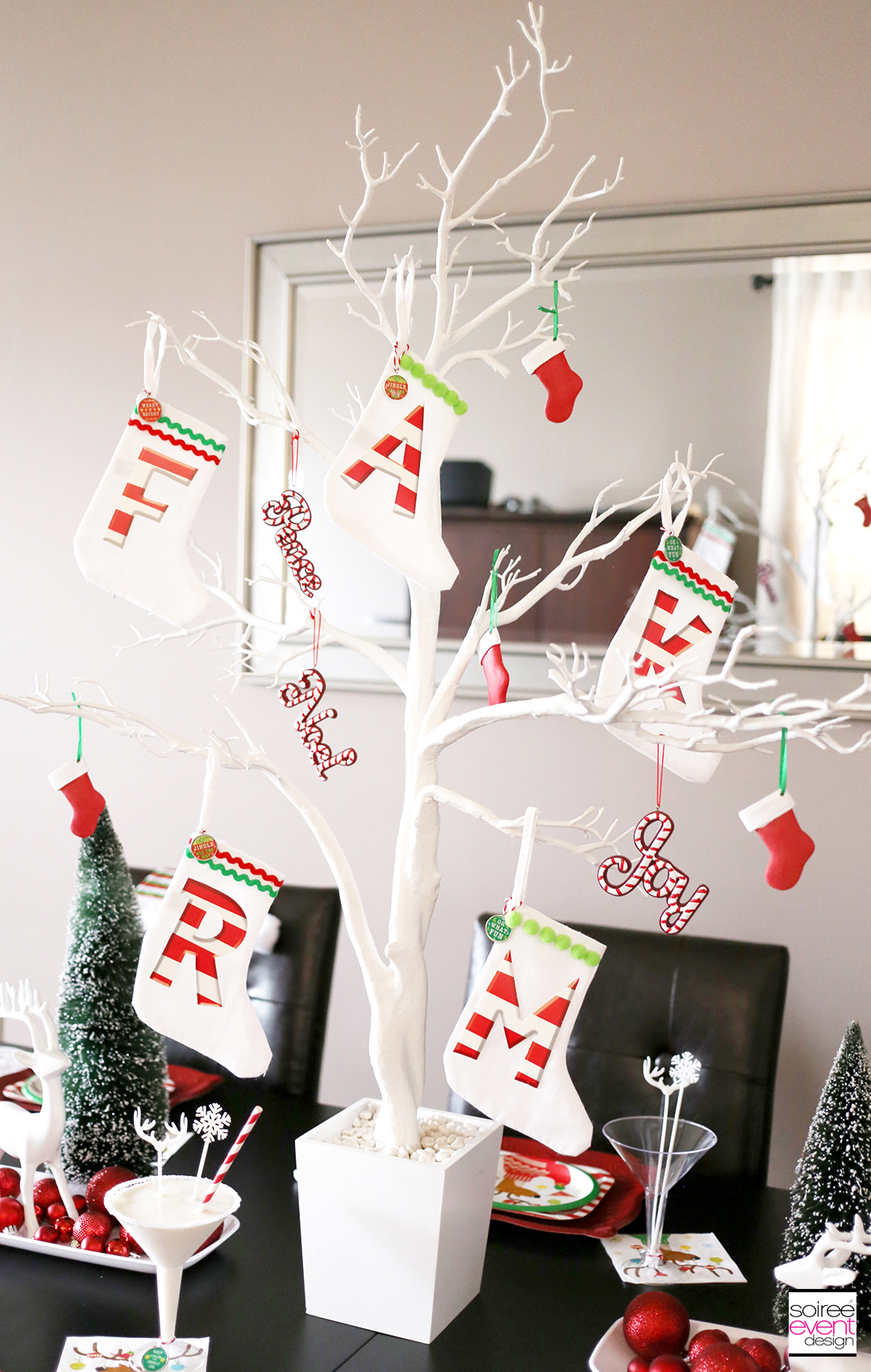 Christmas Gift Wrapping Party, Christmas Decorations