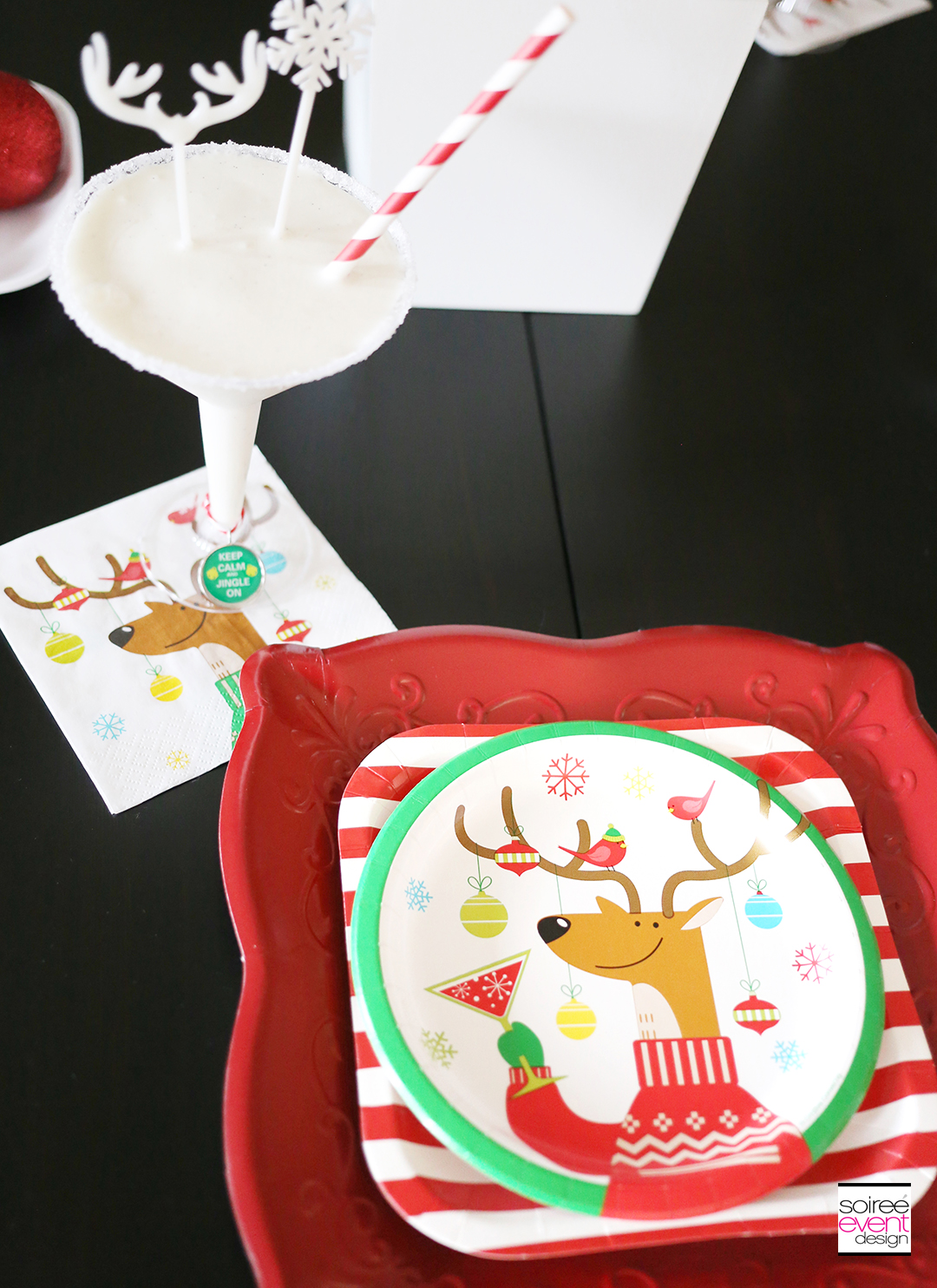 Christmas Gift Wrapping Party, Christmas party plates