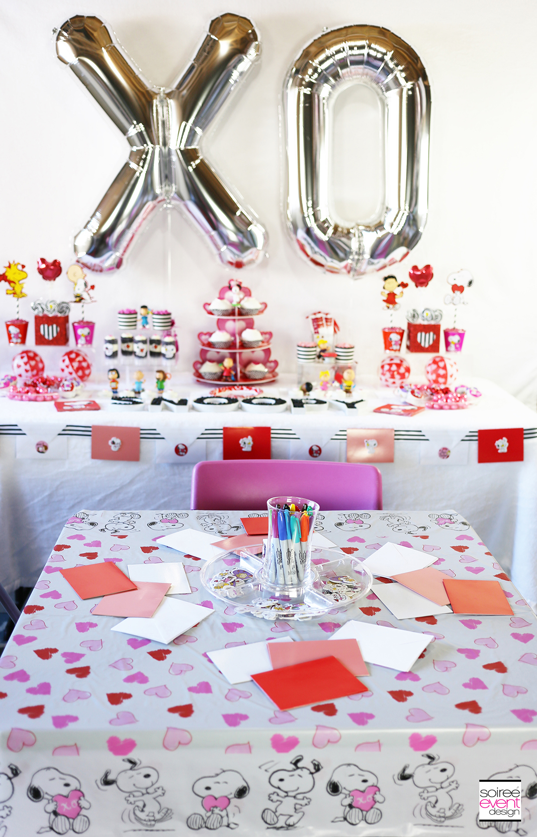 Peanuts Valentines Day Party Craft Table