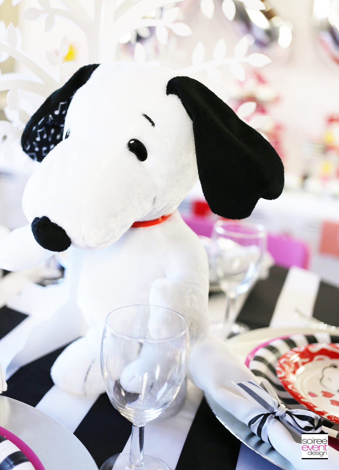 Peanuts Valentines Day Party,  Snoopy Party decorations