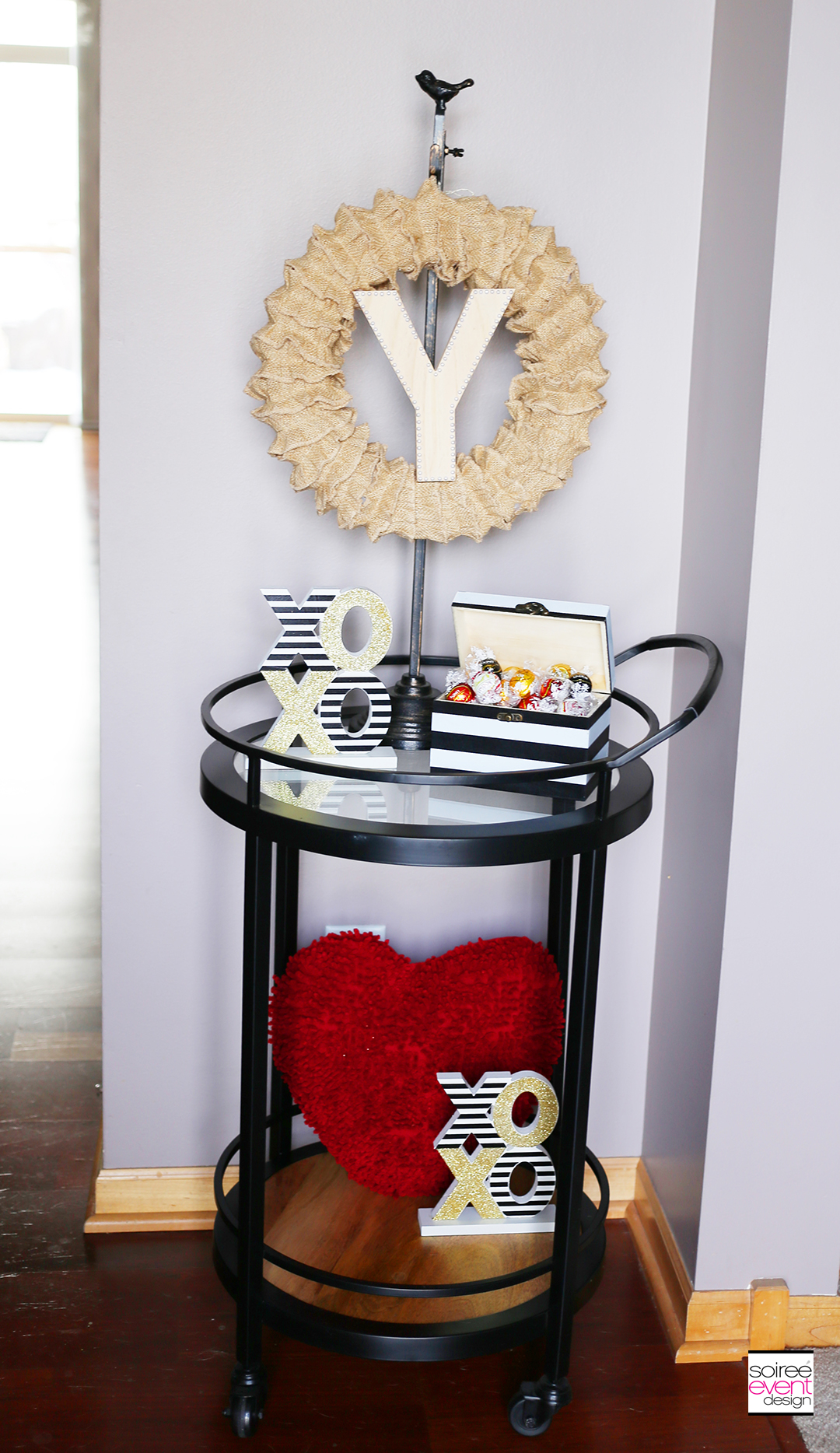 DIY Ruffled Burlap Wreath, Valentines Bar Cart