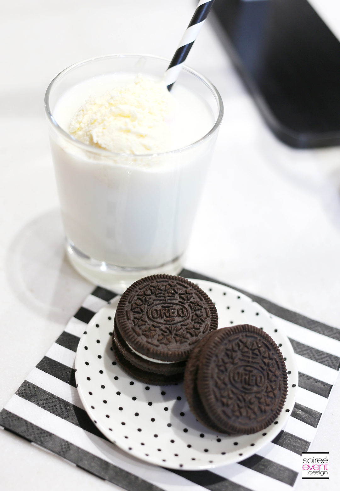 Vanilla Milk and OREO Cookies