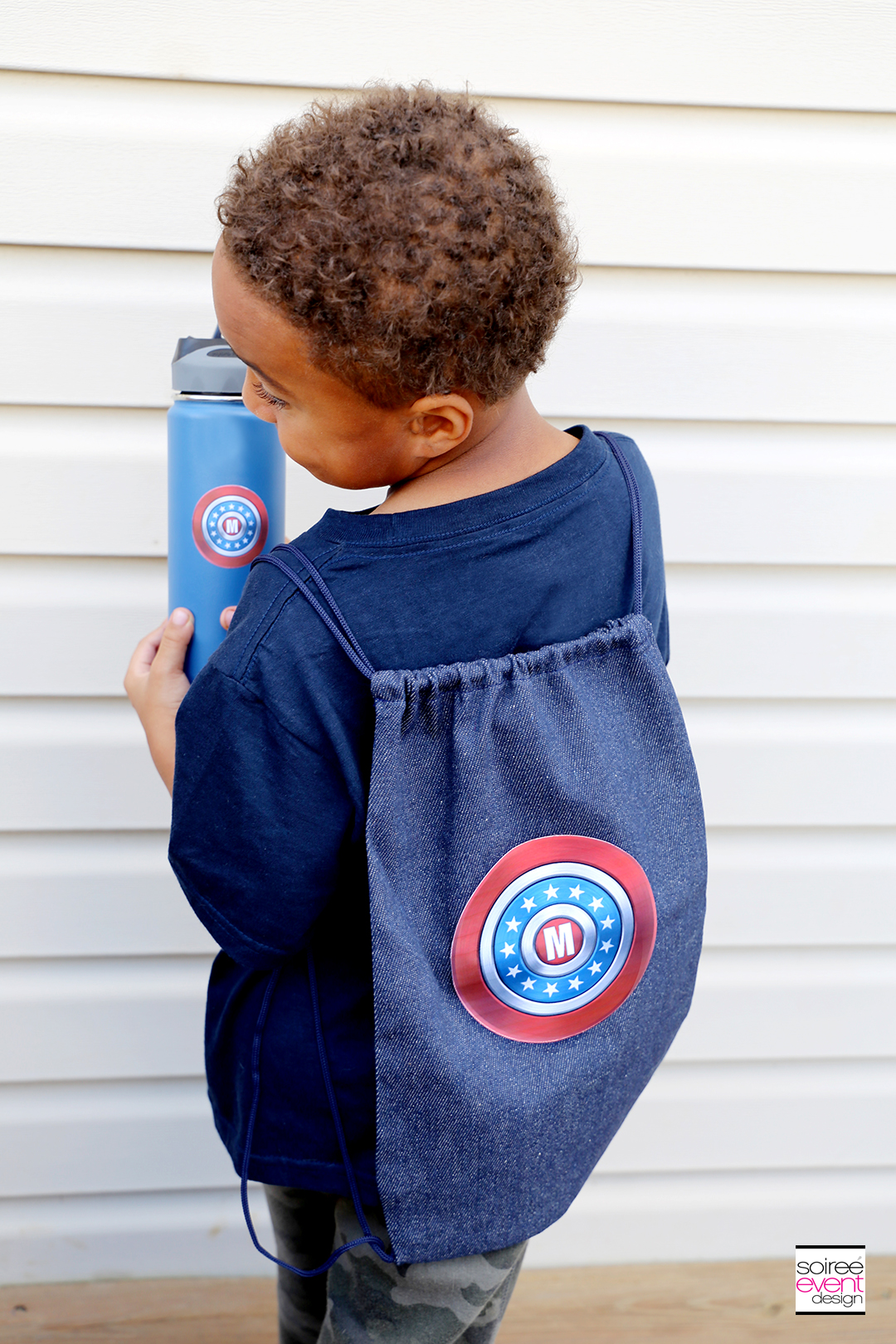 #DIYyour4thOfJuly_Superhero Backpack and Water Bottle with Cricut 18