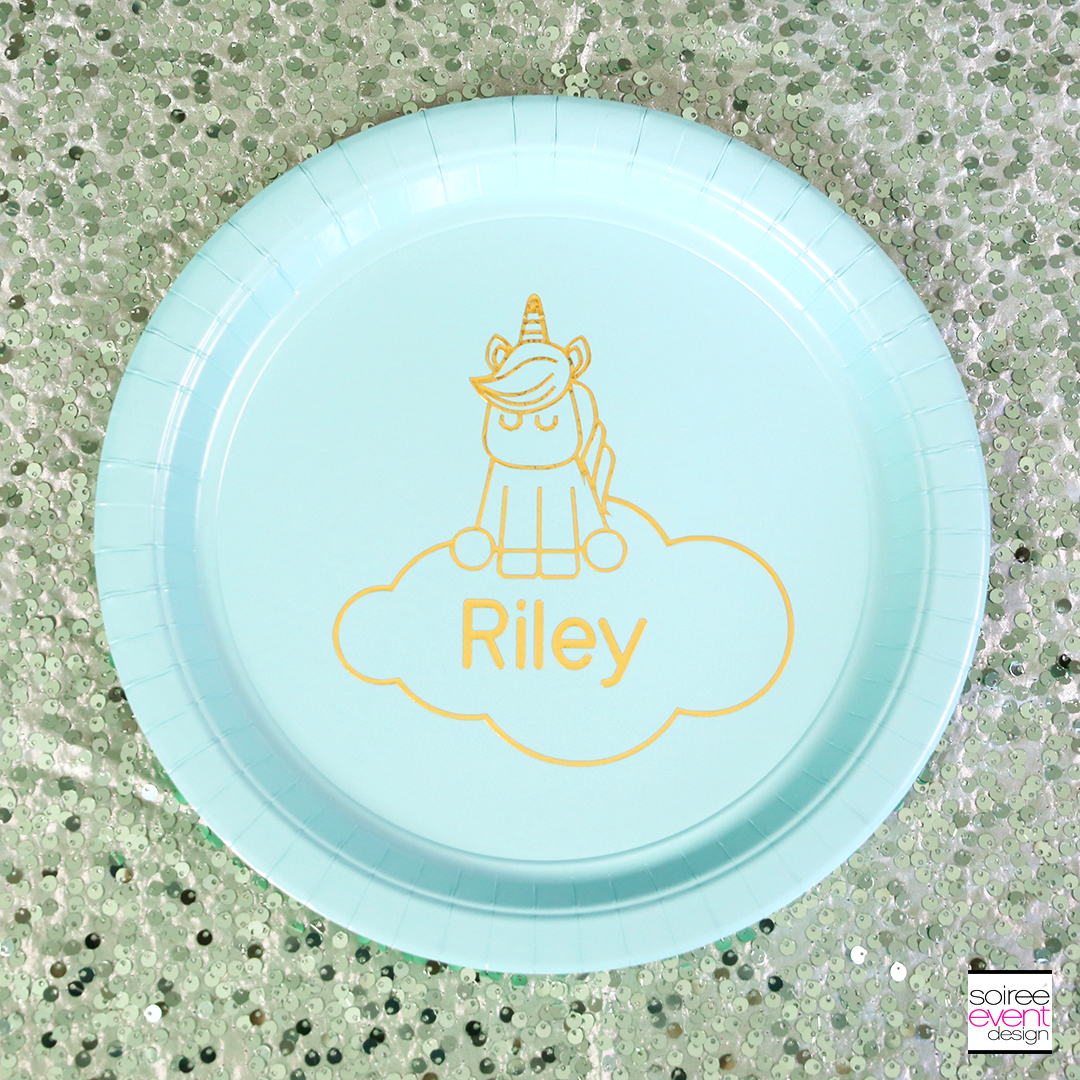 Make Personalized Party Plates with Cricut