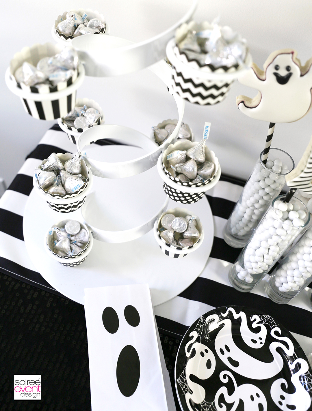 Black and White Halloween Party Candy