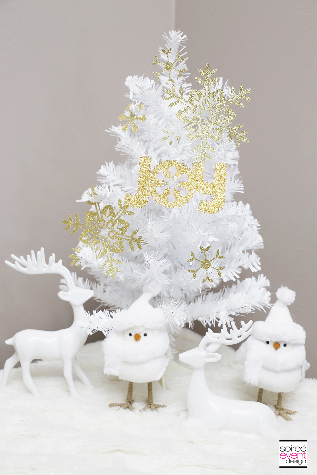 Make Paper Christmas Tree Decorations with Cricut ...
