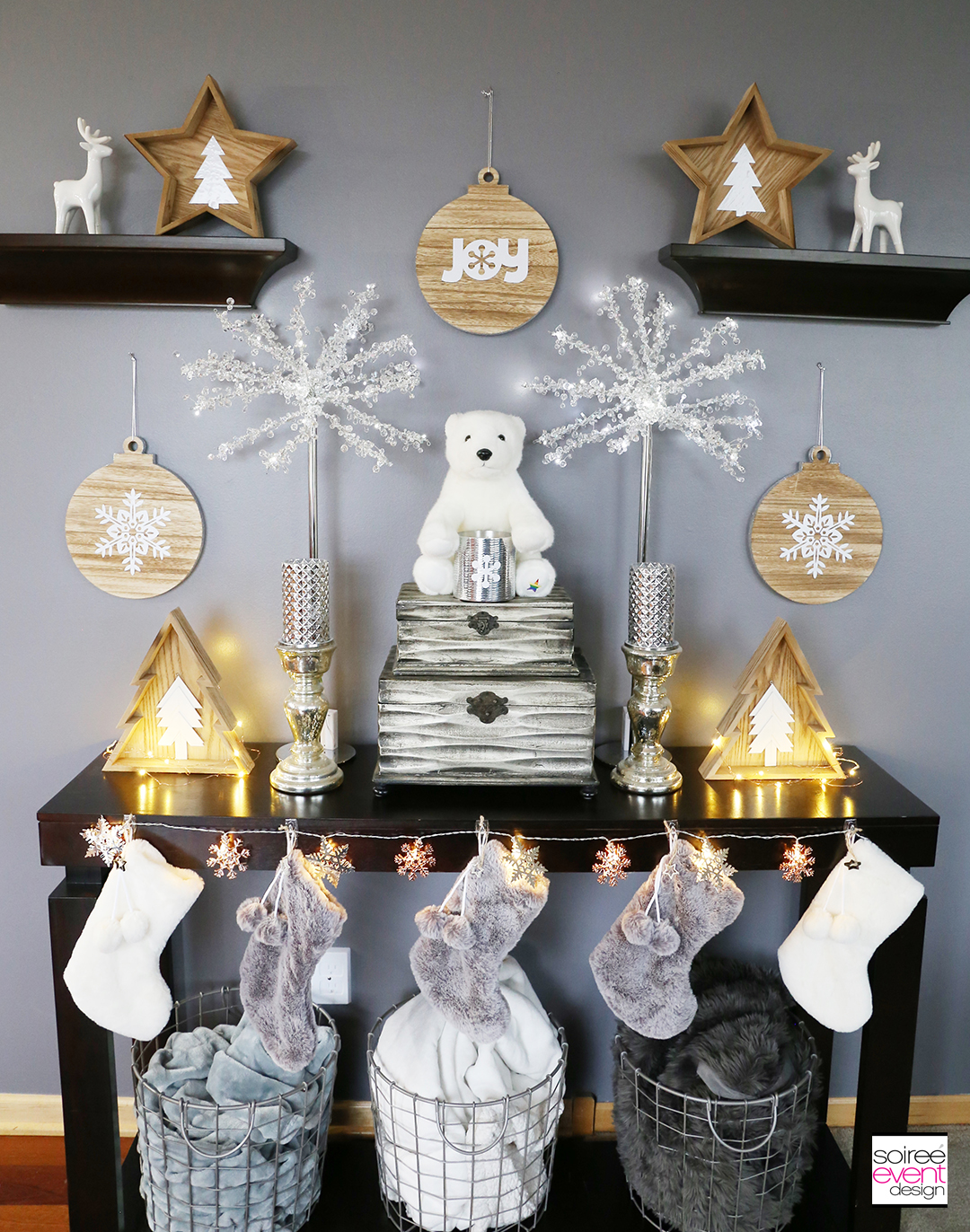 Farmhouse Holiday Decorations - Stocking Mantel Table