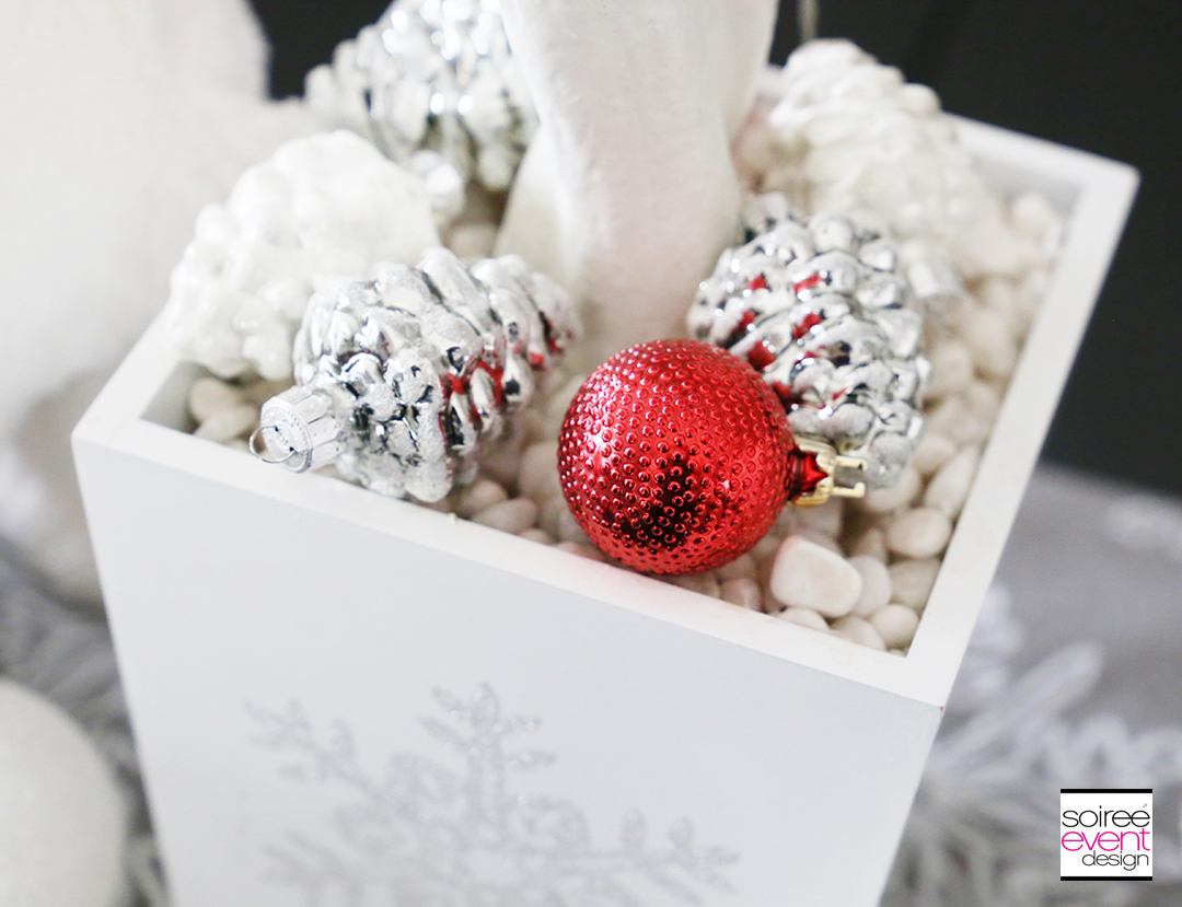 Personalized Christmas Tablescape decorations