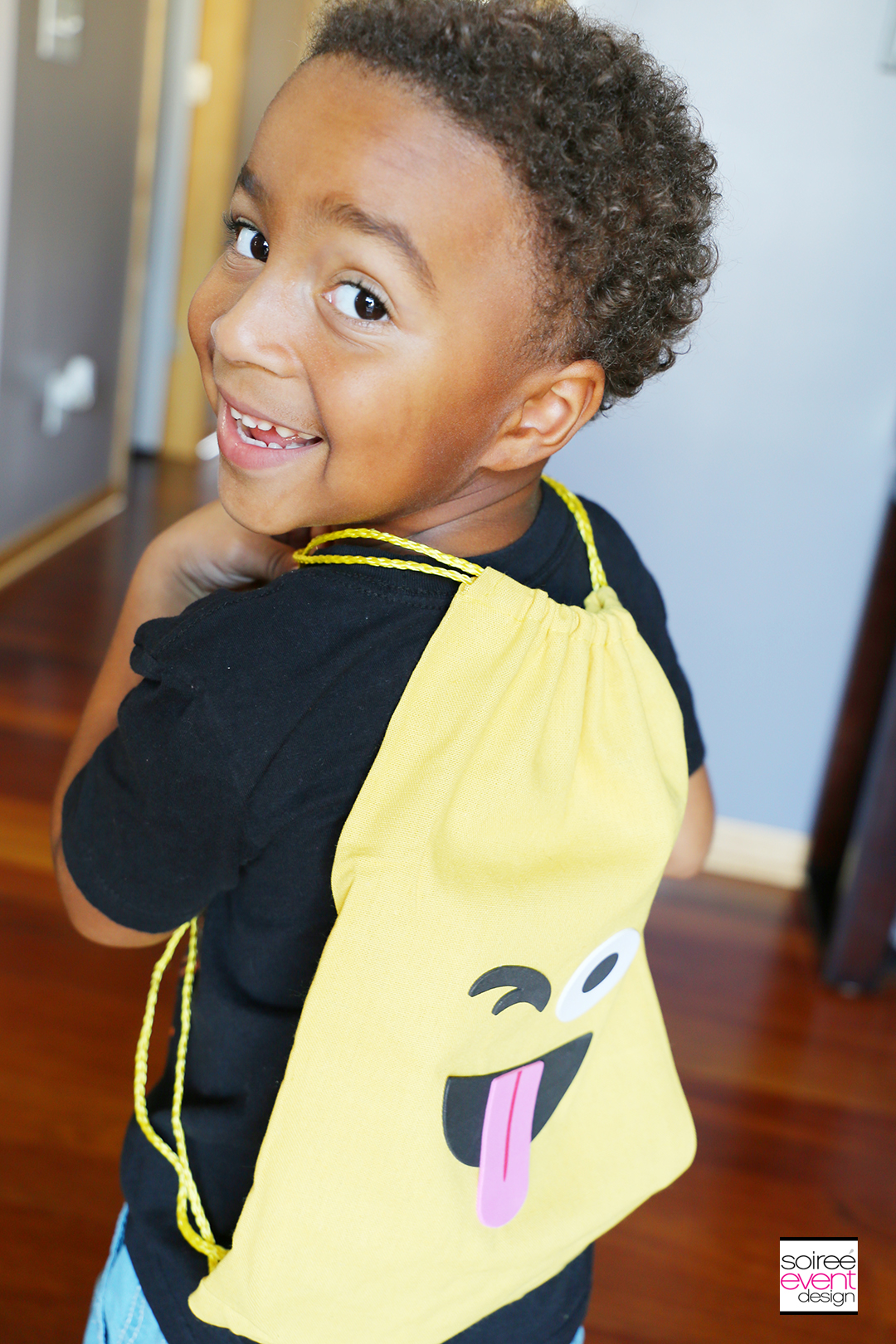 Emoji Backpacks Party Favors