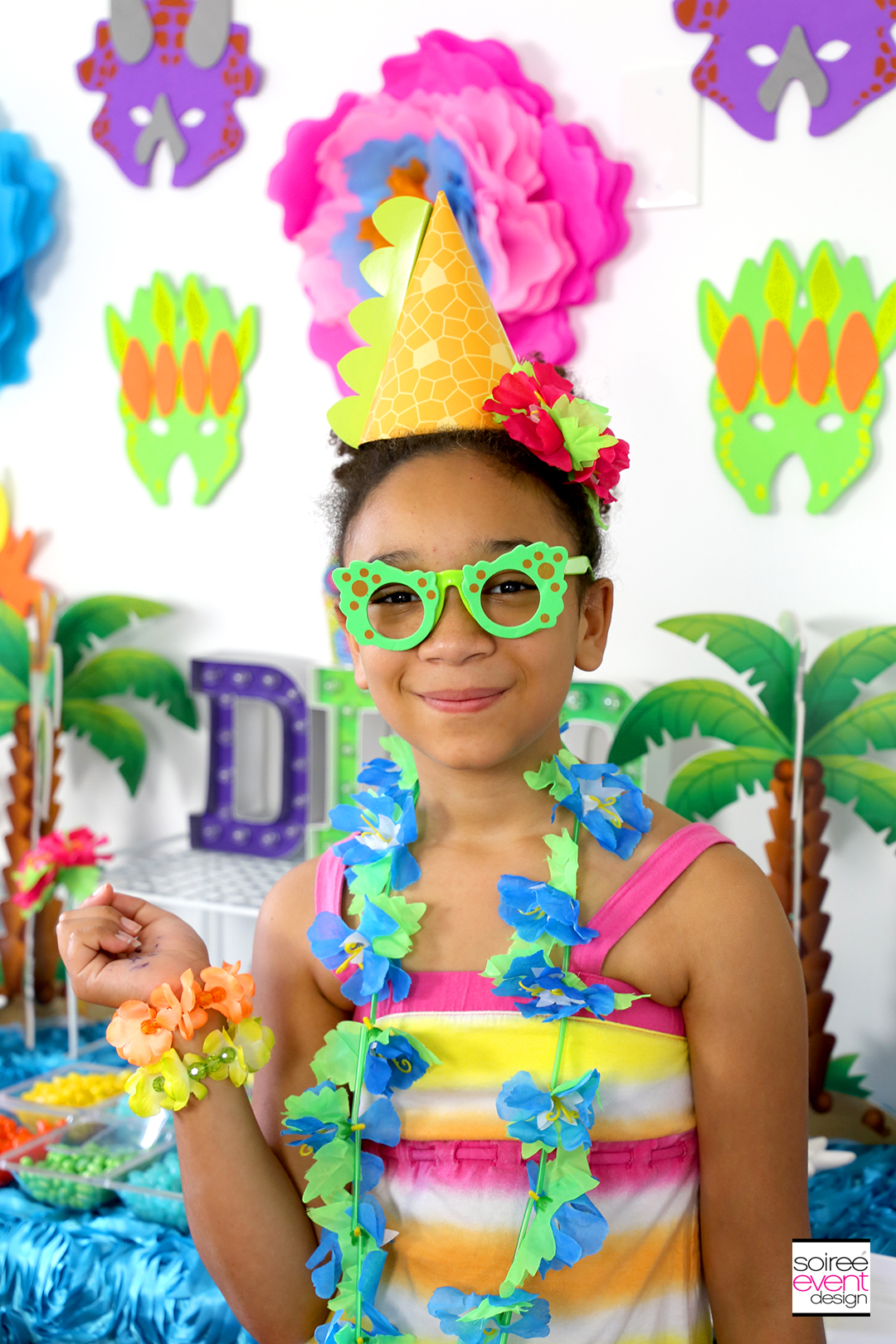 Girly Dinosaur Party Ideas - Dinosaur Dress Up