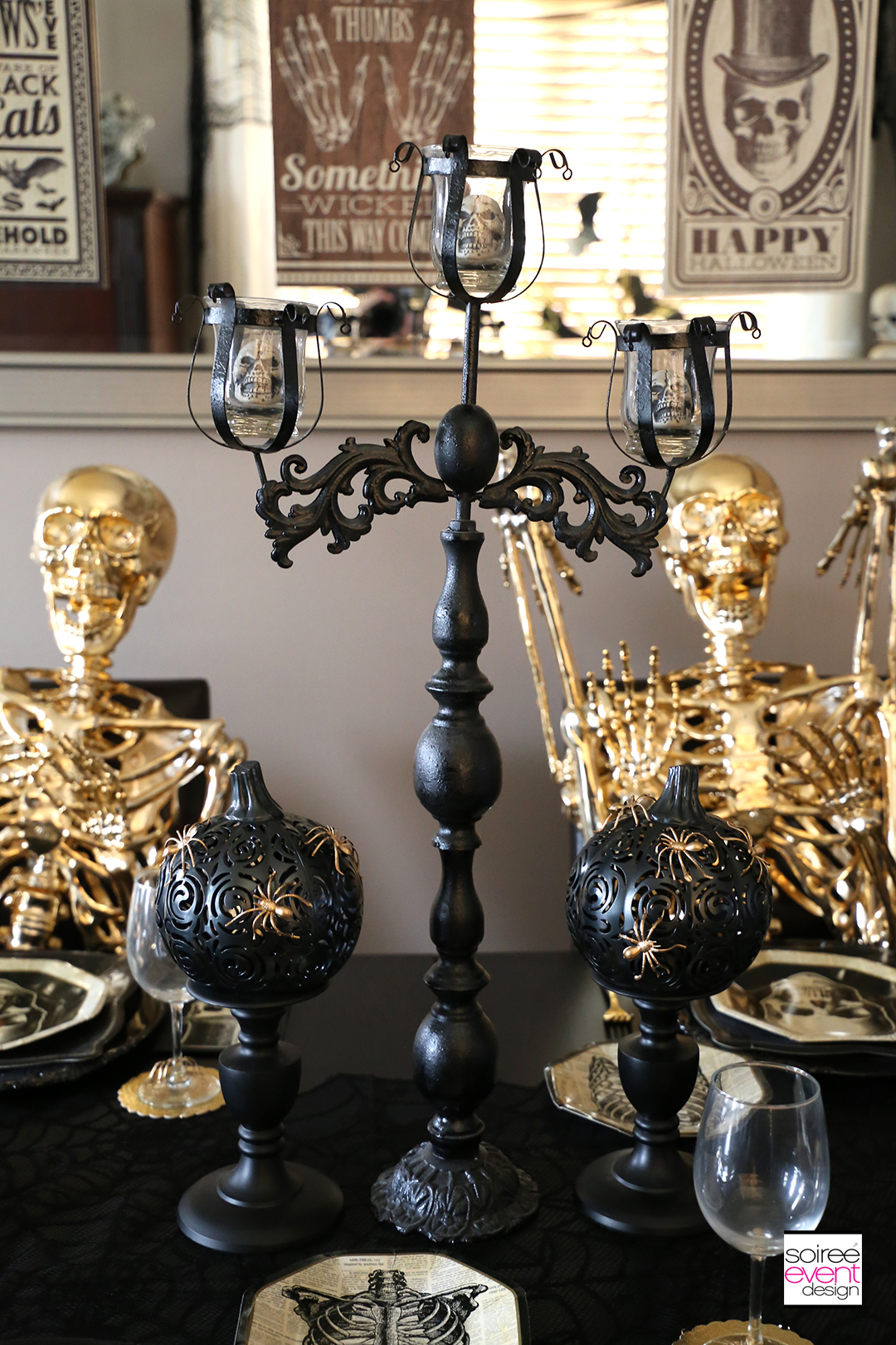 Black and Gold Halloween Decorating Ideas - Centerpiece