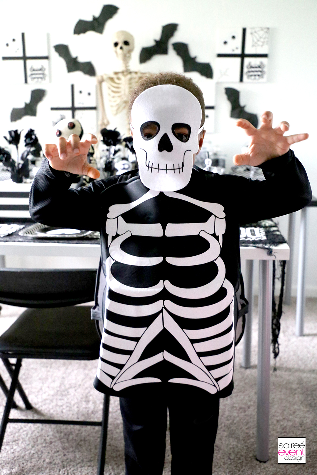 Black and White Skeleton Halloween Party - Costumes