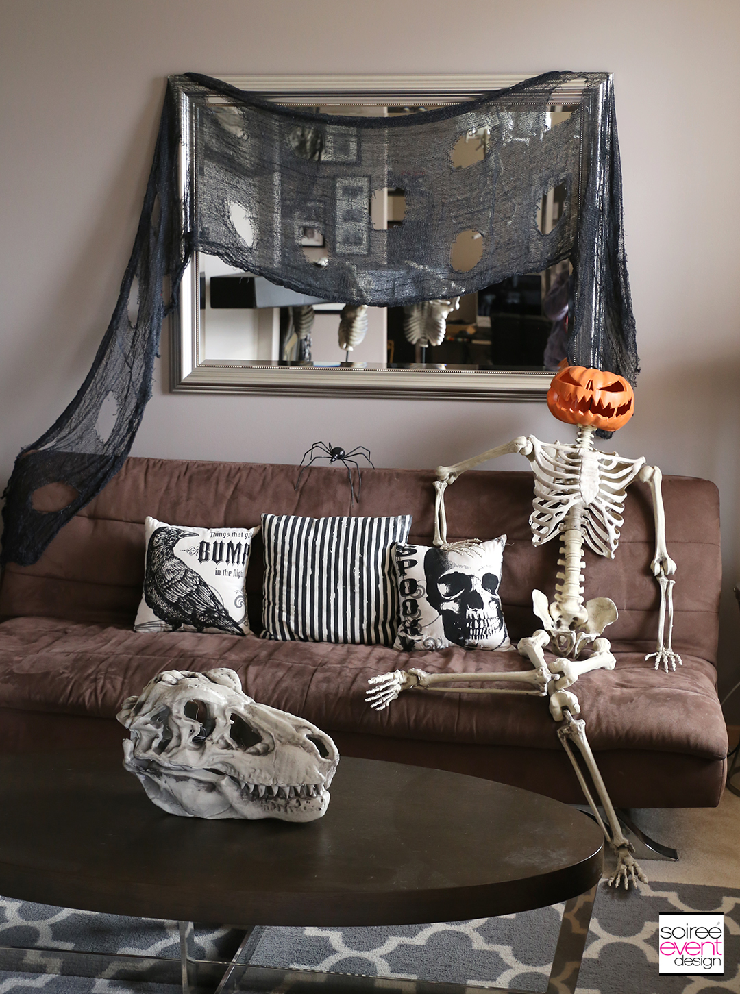 Vintage Halloween Decorating Ideas - Living Room 2