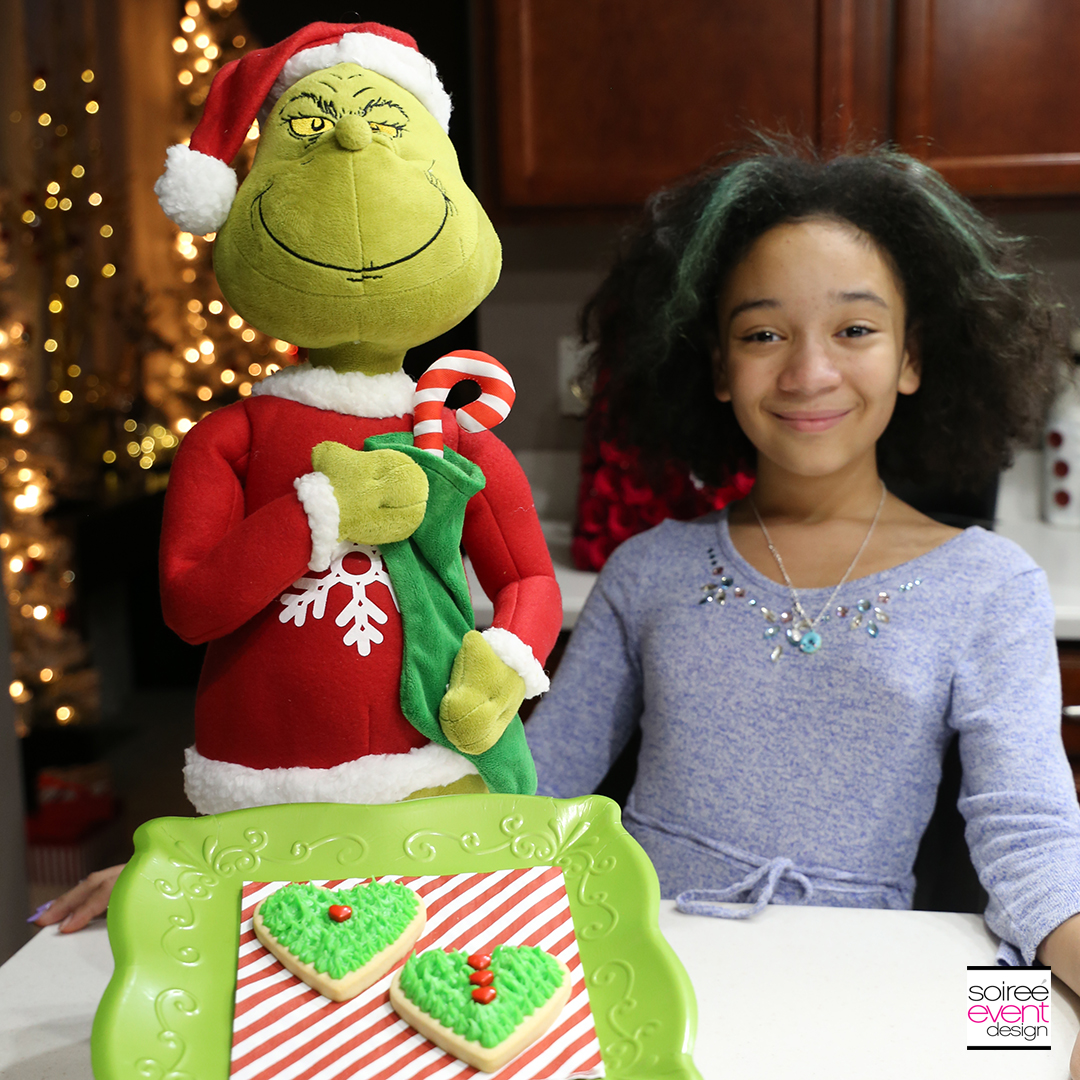 Grinch Dessert Ideas - Grinch Heart Cookies 4