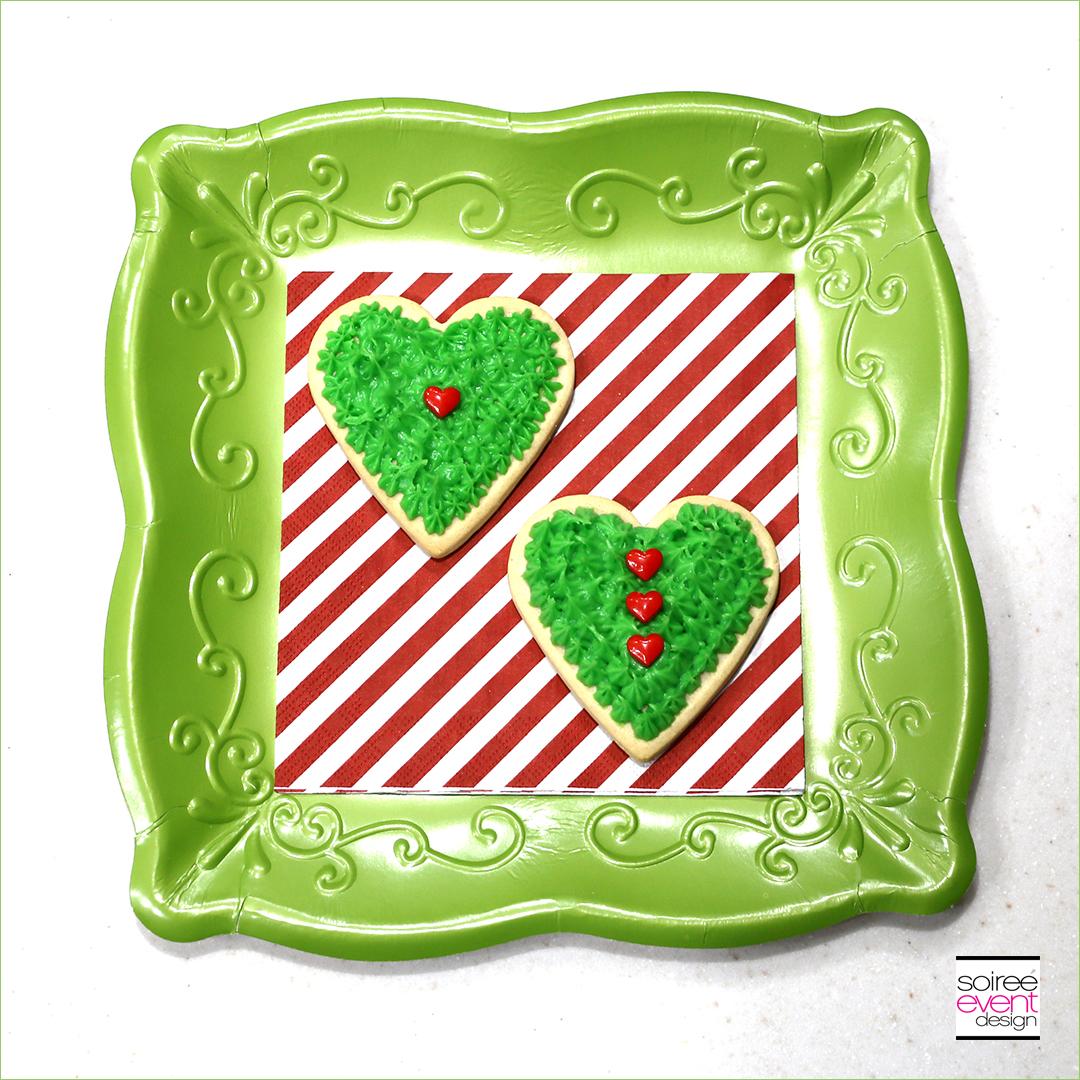 Grinch Dessert Ideas - Grinch Heart Cookies - Step 5